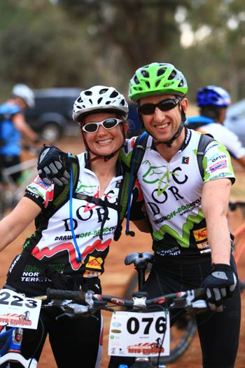 Jamie-&-Nicole-before-stage-4-Anaconda-MTB-Enduro-2009
